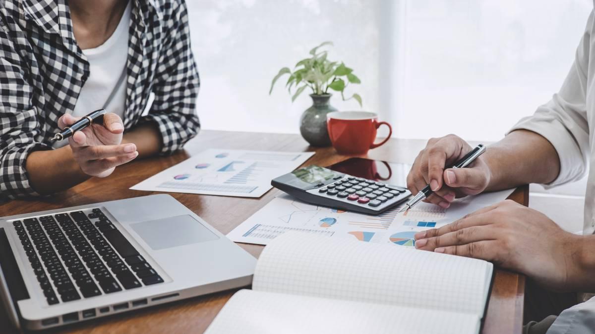 Différence : comptable et expert-comptable
