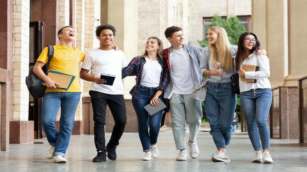 Les lycéens en Seconde générale ont besoin d'une moyenne générale de 12/20 pour passer en Première Spé. ES.